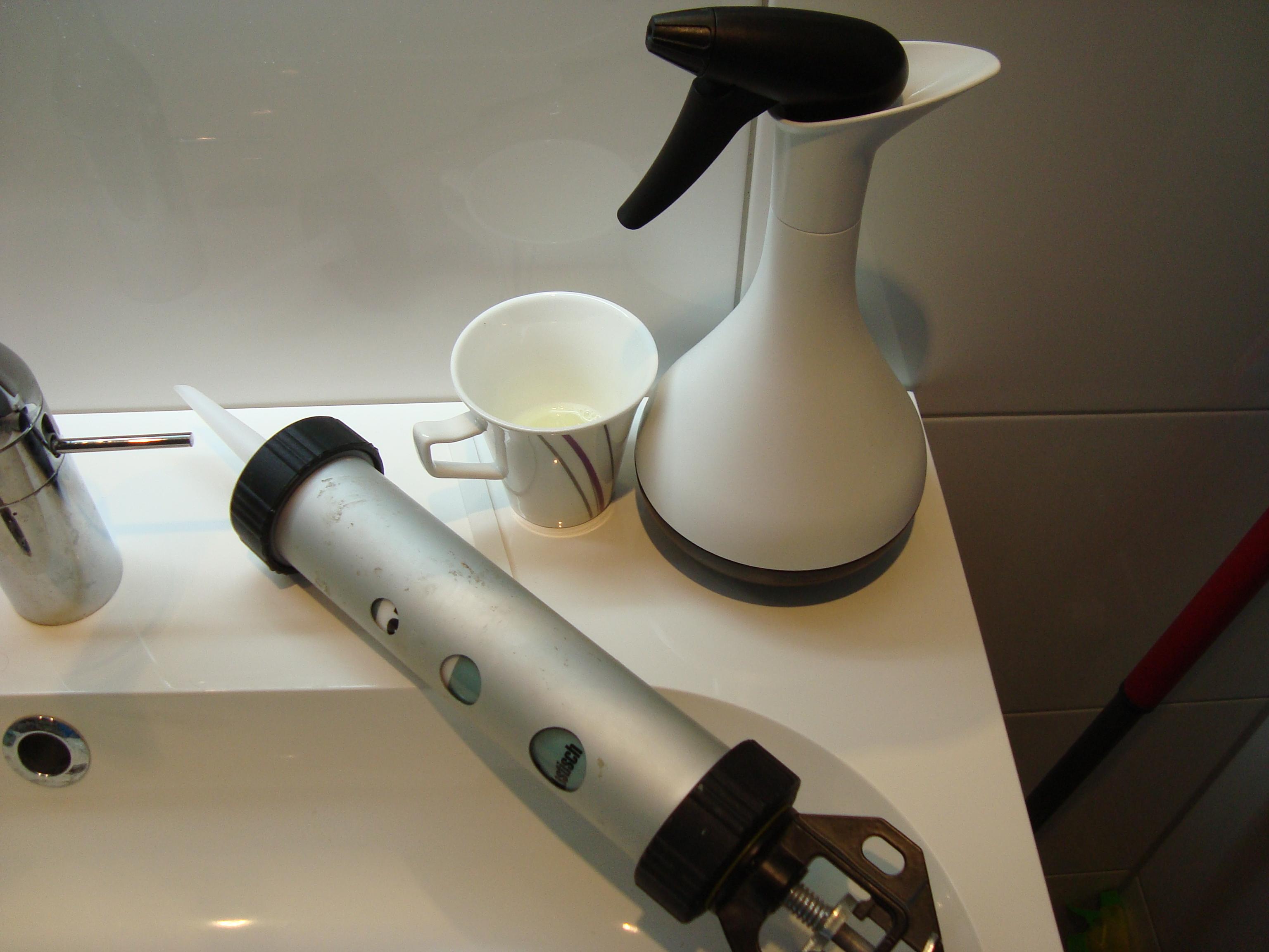 silikonfugen ziehen glatt und sauber - i helf dir