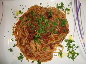 Spaghetti alla Puttanesca rezept (7)